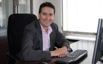 Juan Jose Torres - Director General